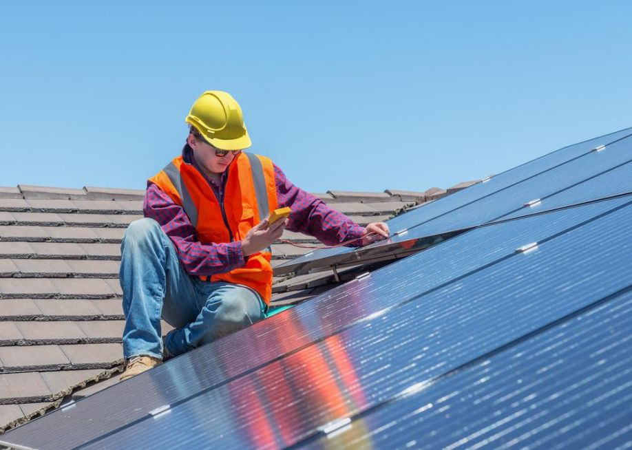 http://cleantechnica.com/files/2015/09/rooftop-solar.jpg